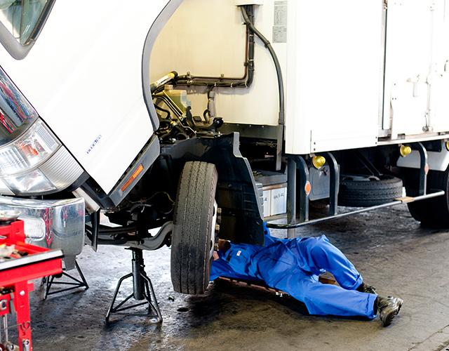 吸排気系修理・整備の画像